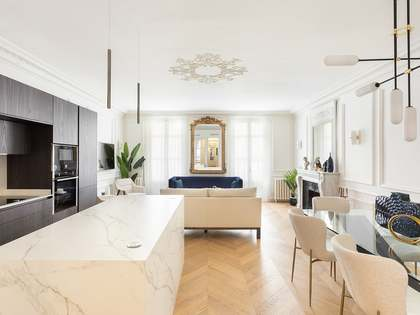 128m² Apartment for sale in Turó Park, Barcelona