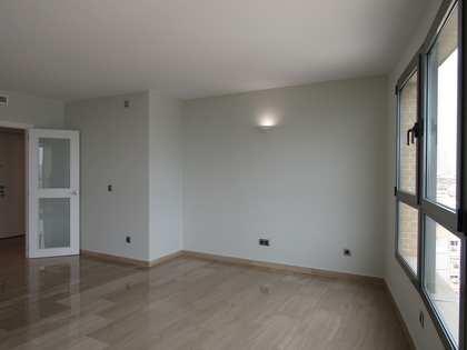 Appartement de 145m² a louer à Ciudad de las Ciencias avec 6m² terrasse