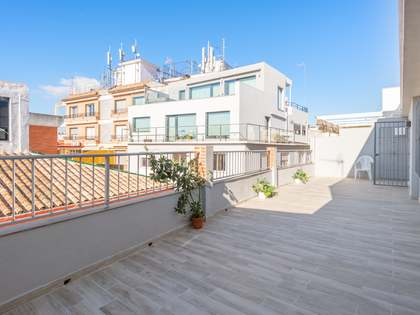 182m² Penthouse for sale in Centro / Malagueta, Málaga