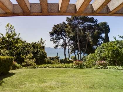 369m² Haus / Villa mit 1,018m² garten zum Verkauf in Tarragona Stadt