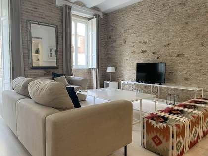 140m² Apartment for rent in El Carmen, Valencia