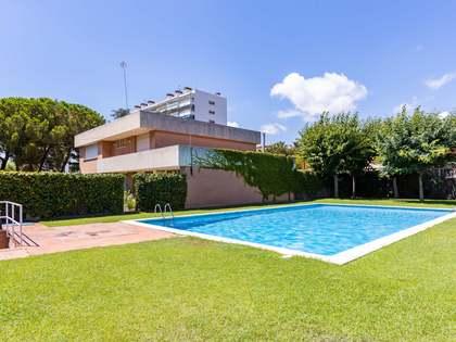 Дом / Вилла 434m² на продажу в Vilassar de Mar, Барселона