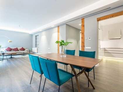 Квартира 160m² на продажу в Кортес / Уэртас, Мадрид