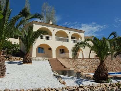 Maison / Villa de 352m² a vendre à Platja d'Aro