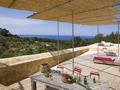 Authentic restored Finca for sale in Cala Salada, Ibiza