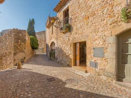 237m² Hus/Villa med 12m² Trädgård till salu i Baix Emporda