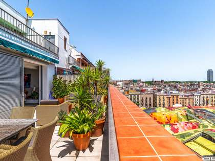 127m² Penthouse with 43m² terrace for sale in El Born