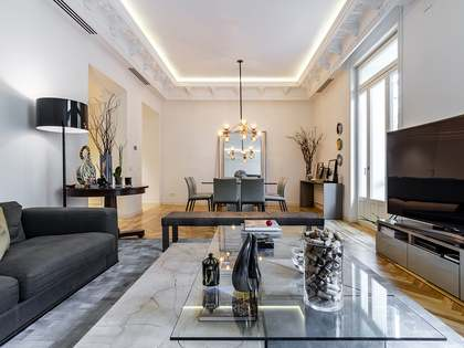 208 m² apartment for sale in Salamanca, Madrid