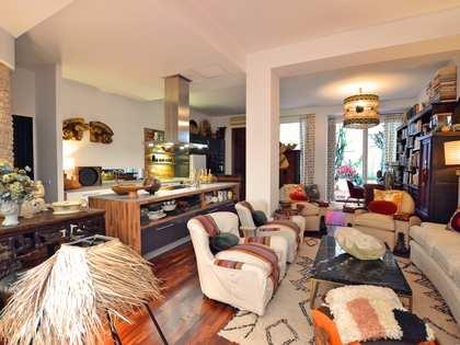 appartement van 181m² te koop met 50m² terras in Sevilla
