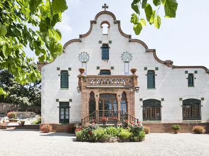 1,898m² Schloss / Palast zum Verkauf in Sant Cugat