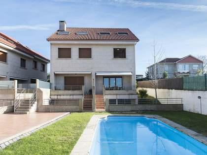 Casa / Villa de 284m² en venta en Pontevedra, Galicia