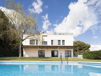 385 m² house for sale in Can Girona, Sitges