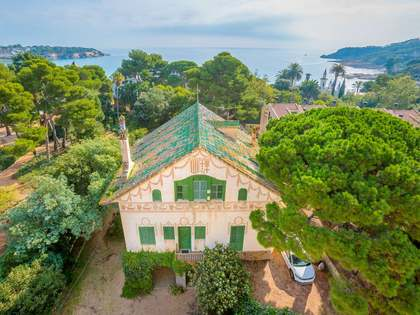 Villa en venta con detalles de época, St Feliu de Guíxols
