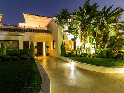 381 m² villa with 103 m² of terrace for sale in Golden Mile