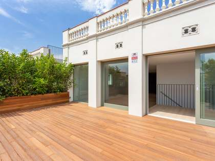 178 m² apartment with 104 m² terrace for sale in Gracia
