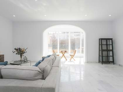 170 m² apartment with terrace for sale in Barcelona