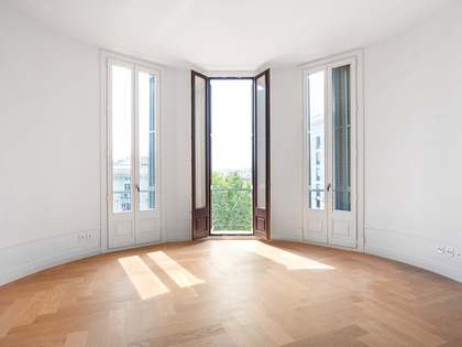 Appartement van 141m² te koop met 6m² terras in Eixample Rechts