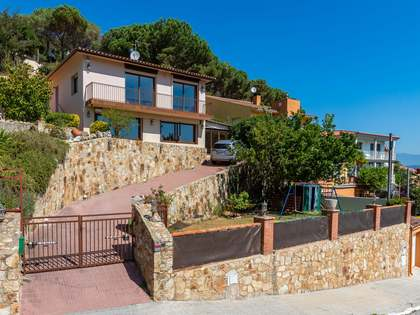 179m² House / Villa for sale in Argentona, Maresme