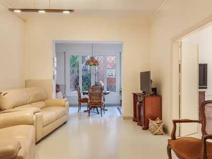 在 Tres Torres, 巴塞罗那 155m² 出售 房子 包括 花园 80m²