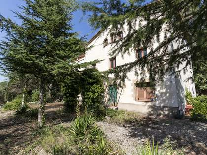 Country estate for sale near Barcelona city