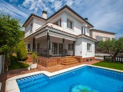 Casa / Vil·la de 463m² en venda a Tiana, Barcelona