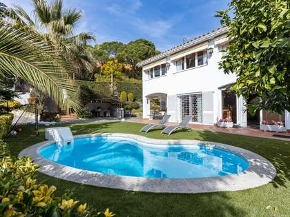 429m² House / Villa for sale in Cabrils, Barcelona