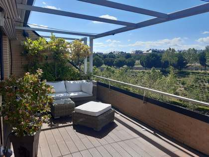 154m² Apartment with 24m² terrace for sale in Pozuelo