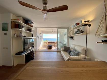 150m² Apartment with 10m² terrace for sale in Sant Pol de Mar