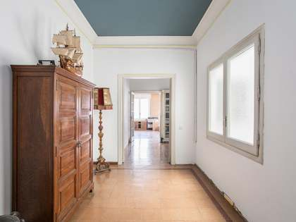 225m² Apartment for sale in Sant Gervasi - Galvany