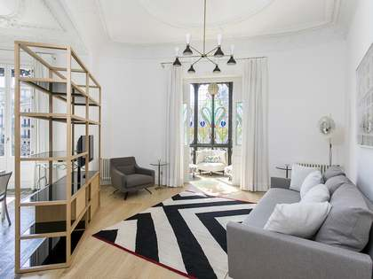 80 m² apartment for rent in Eixample Right, Barcelona