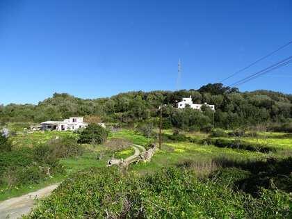 320m² House / Villa for sale in Menorca, Spain