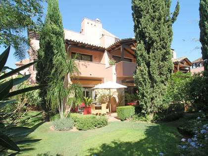 260m² House / Villa with 100m² garden for sale in Sierra Blanca / Nagüeles