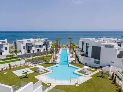 268m² Haus / Villa mit 60m² garten zum Verkauf in Estepona