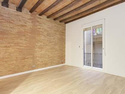 Apartamento de 2 dormitorios en venta en la calle d'en Serra
