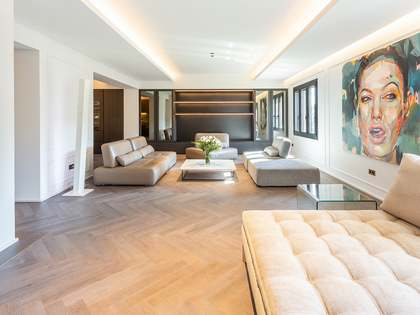 205 m² apartment with a terrace for sale in Eixample Right