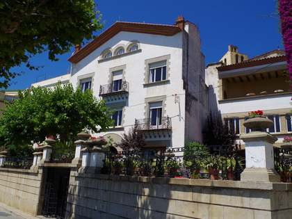 First line house to buy in Sant Pol de Mar, Maresme Coast