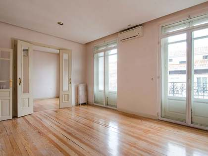 Appartement van 140m² te koop in Recoletos, Madrid