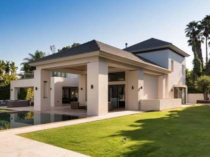 Maison / Villa de 870m² a vendre à San Pedro de Alcántara / Guadalmina avec 1,900m² de jardin