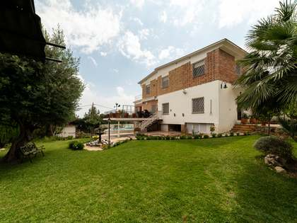 268m² House / Villa with 50m² terrace for sale in Montemar