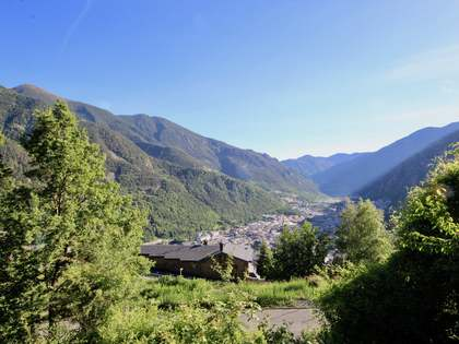 Parcel·la de 911m² en venda a Escaldes, Andorra