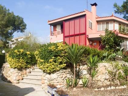Villa de 786m² en venta en Tarragona, España