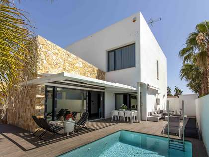 245m² house for sale in Godella