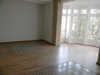 Appartement van 125m² te huur in Gran Vía, Valencia