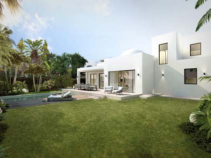 295m² Haus / Villa mit 550m² garten zum Verkauf in Nueva Andalucía