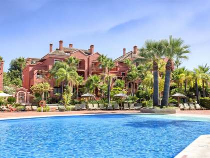 3-bedroom first floor apartment for sale near Puerto Banus