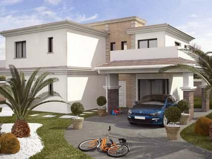 Huis / Villa van 200m² te koop in Alicante ciudad, Alicante