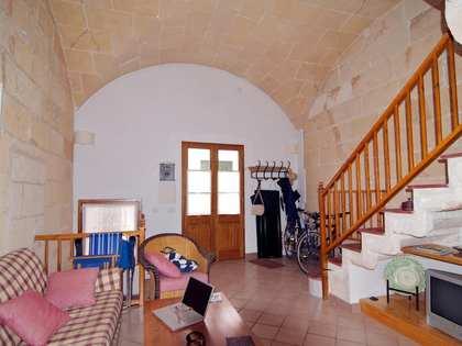 Huis / Villa van 140m² te huur met 8m² terras in Ciudadela