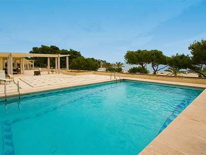 Huis / Villa van 1,346m² te koop in South West Mallorca