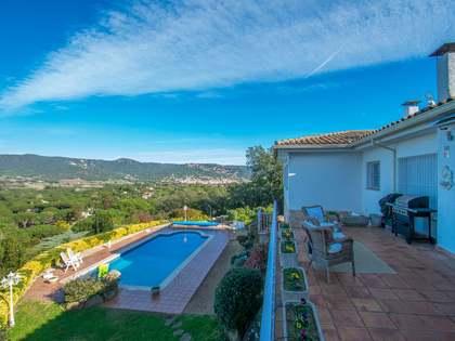 Villa de 286 m² con 25 m² de terraza en venta en Sant Feliu de Guíxols - Punta Brava