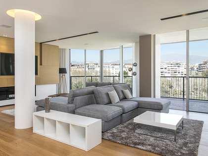 Apartamento renovado de 398 m², en venta en Turó Park